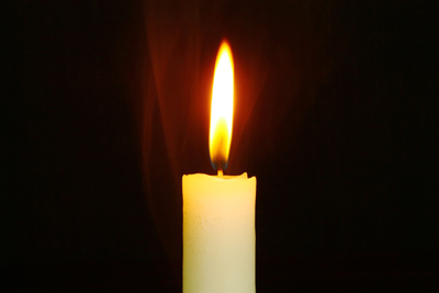 candle-759143_1920-copy